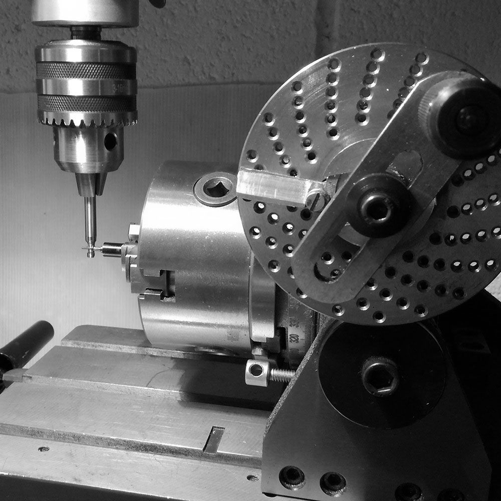 Now the stem will be given 17 teeth that is the ratio which works for the center ratchet of the winding rocking lever.