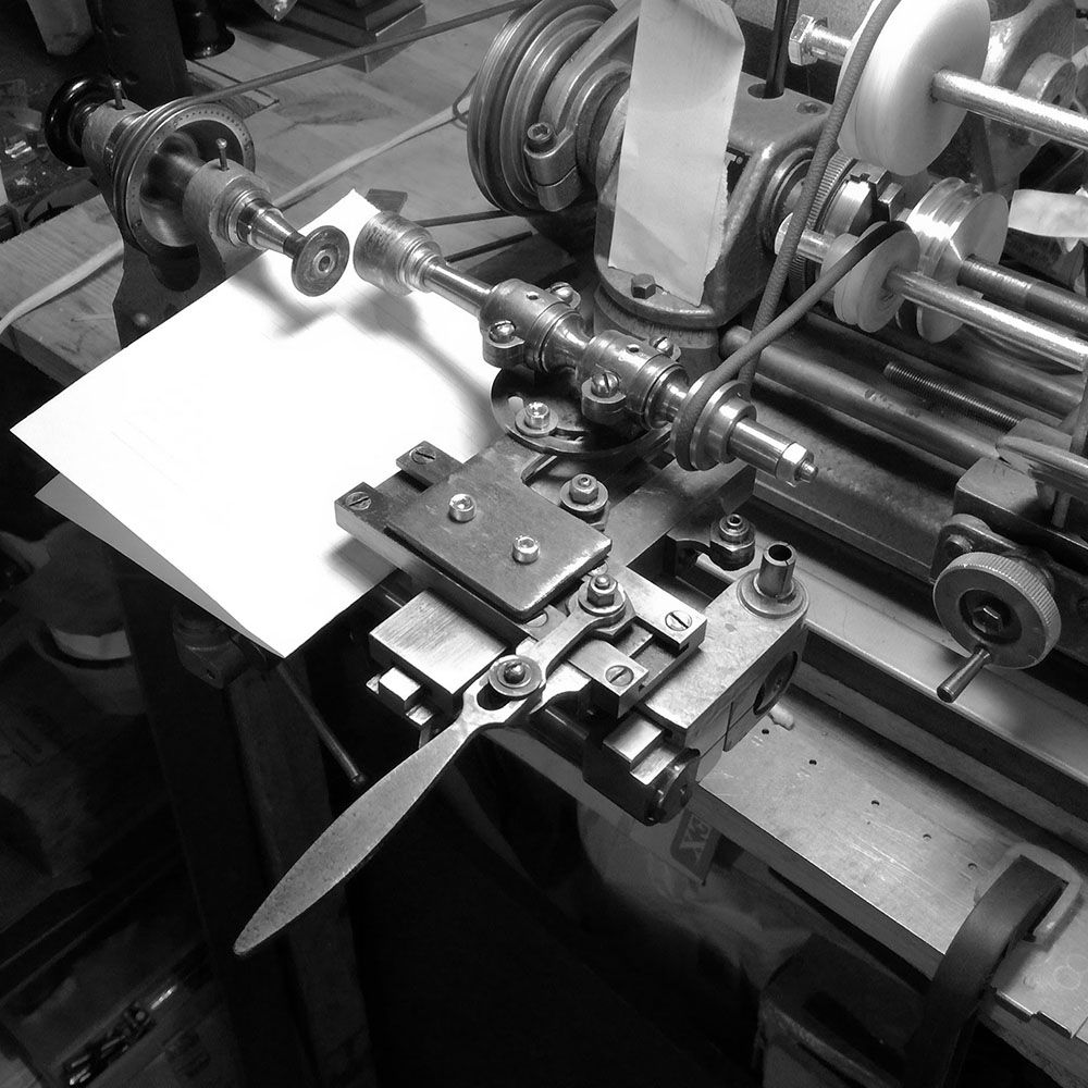 The snailing attachment for the lathe is set up, and ready to snail the ratchet wheels.