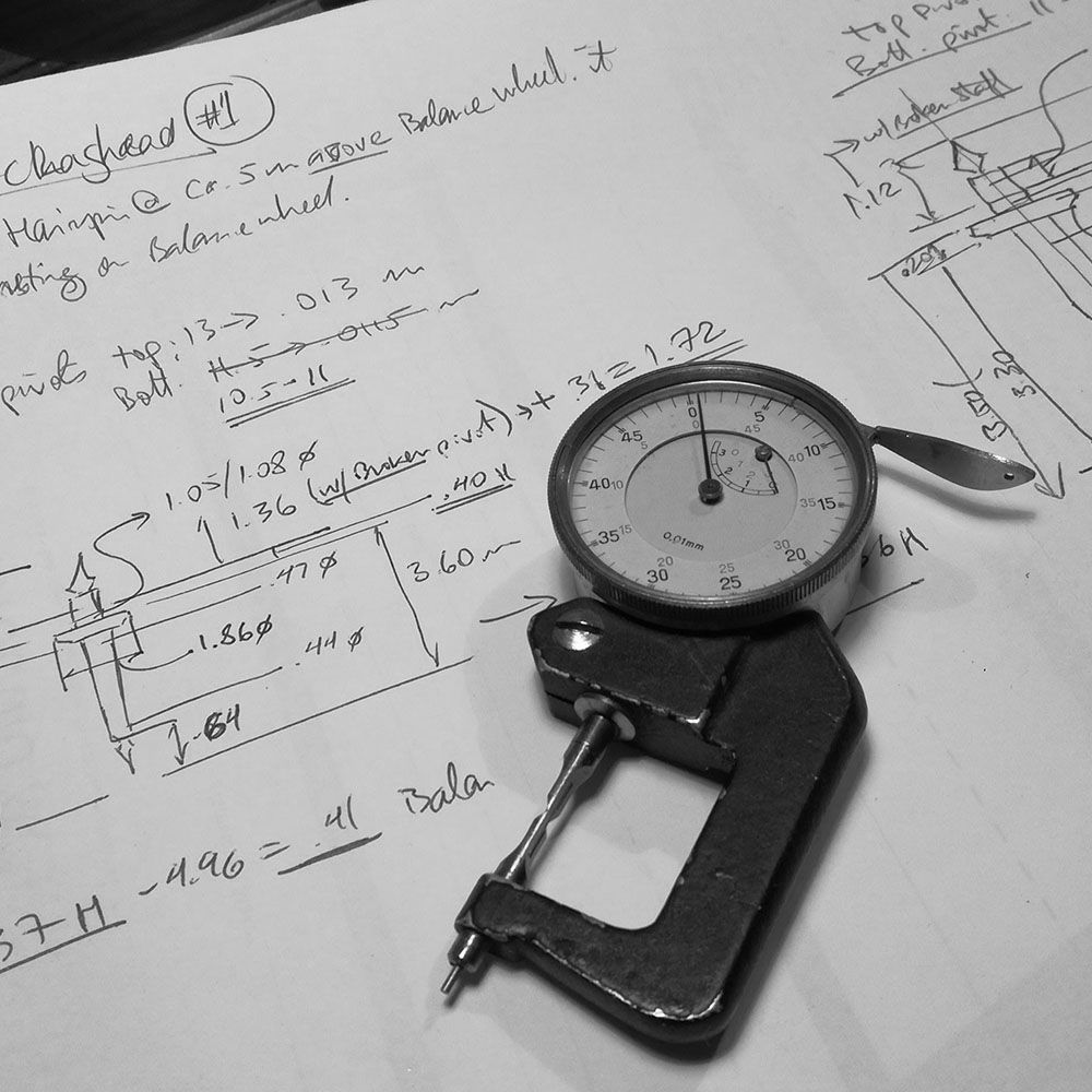 The balance staff is started. Here is a pivot caliper with the original measurements.